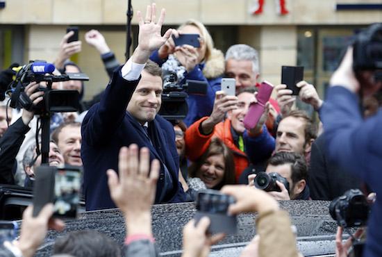 Le Pen oder Macron: Schicksalswahl in Frankreich